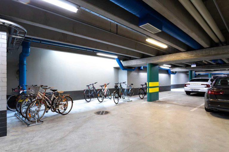 Pyöräparkki, Itälahdenkatu 18 C, vuokrattavat toimitilat Helsinki