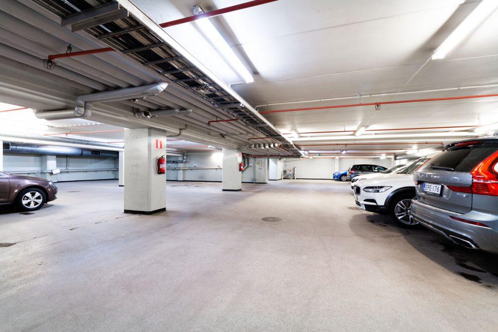 Melkonkatu 26 pysäköintihalli JMB Vuokrattavat toimitilat